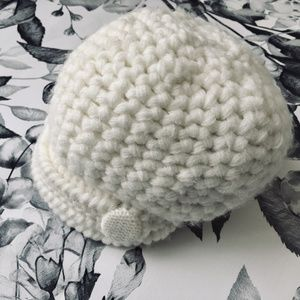 FREE w/ BUNDLE White Baby Knit Cap